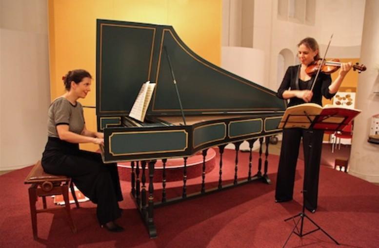 'Mozart en Frankrijk' briljant gebracht door Frans duo in Baarnse Paaskerk