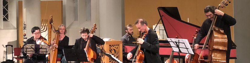 Les Basses Réunies reikt muziekliefhebbers de hand in Baarnse Paaskerk