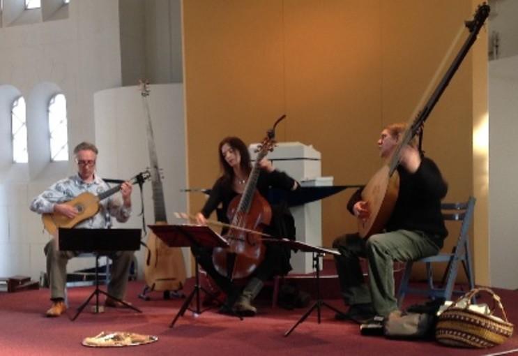 Los Otros in Baarn: Een concert met een gouden randje