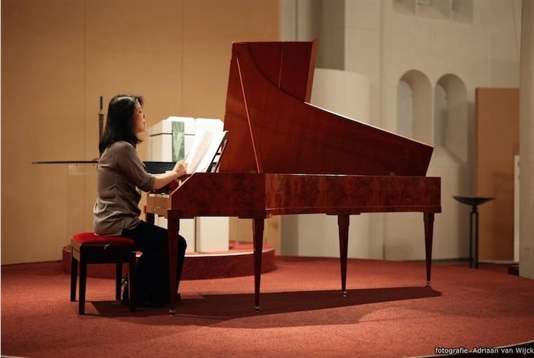 Fortepianiste Yoko Kaneko met Bach & Haydn in Paaskerk